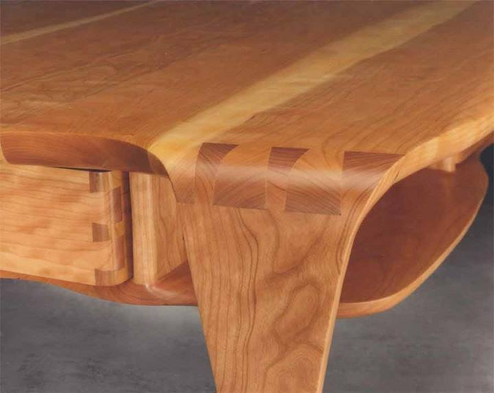 Studio masson fine woodworking b nisteries avec soin for Skilled craft worker makes furniture art etc